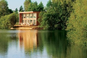 Lake House - thumbnail